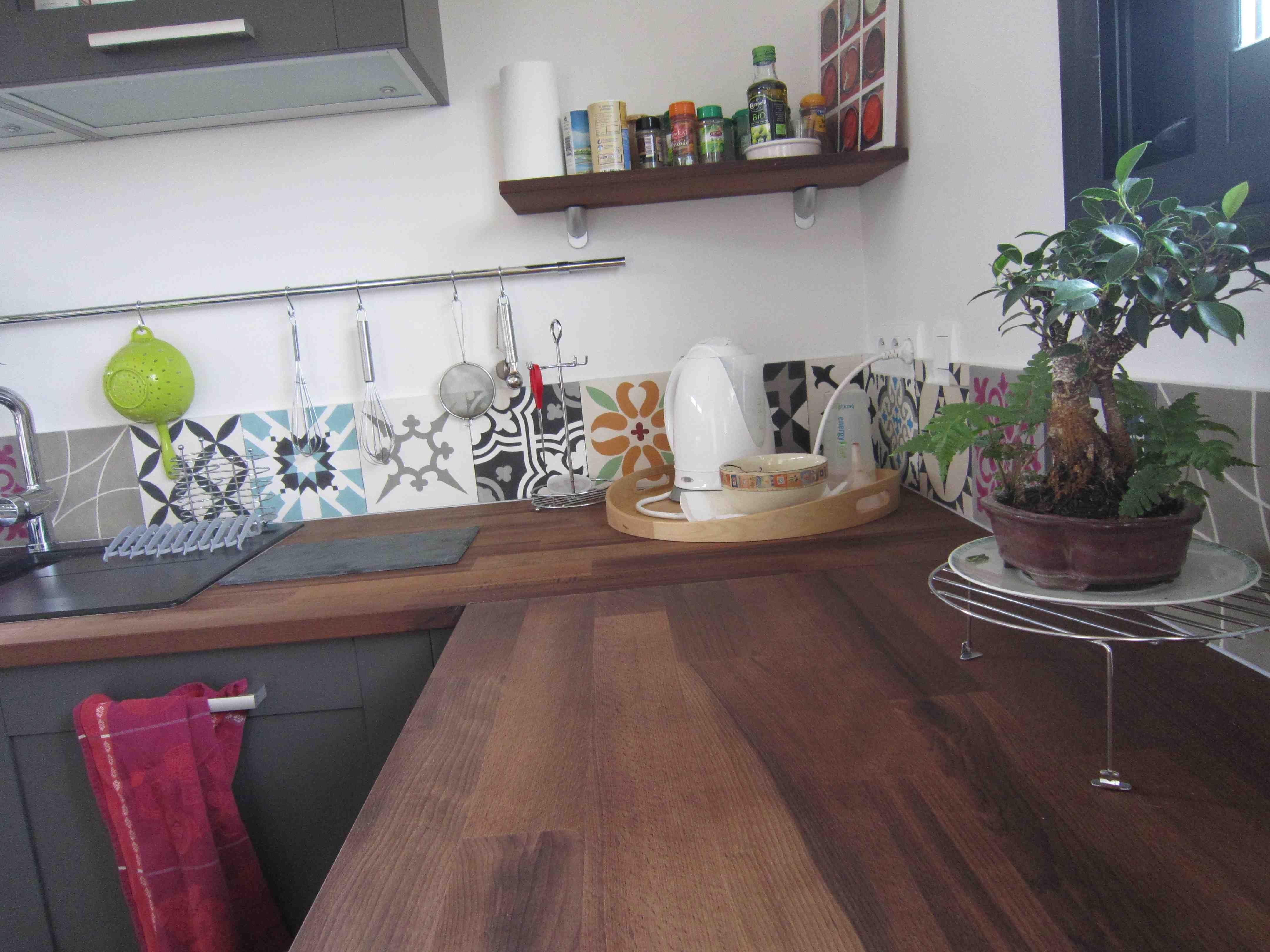 Epingle Par Melanie Mnr Sur Cuisine Idee Deco Cuisine Credence