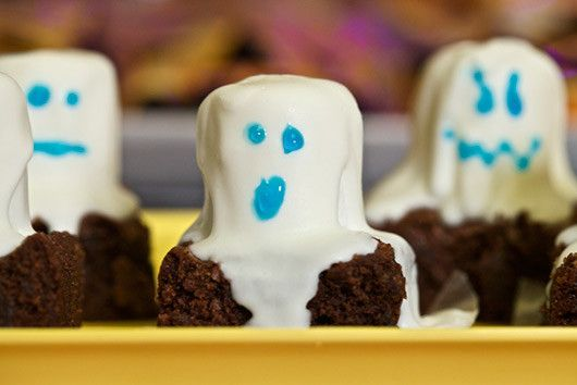 Halloween kids party food Ghostly brownies are easy to make - halloween party food ideas for kids