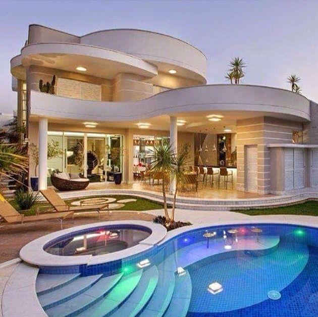 Pin de astrid alver en casas jardines albercas garajes - Fotos de casas con piscina ...