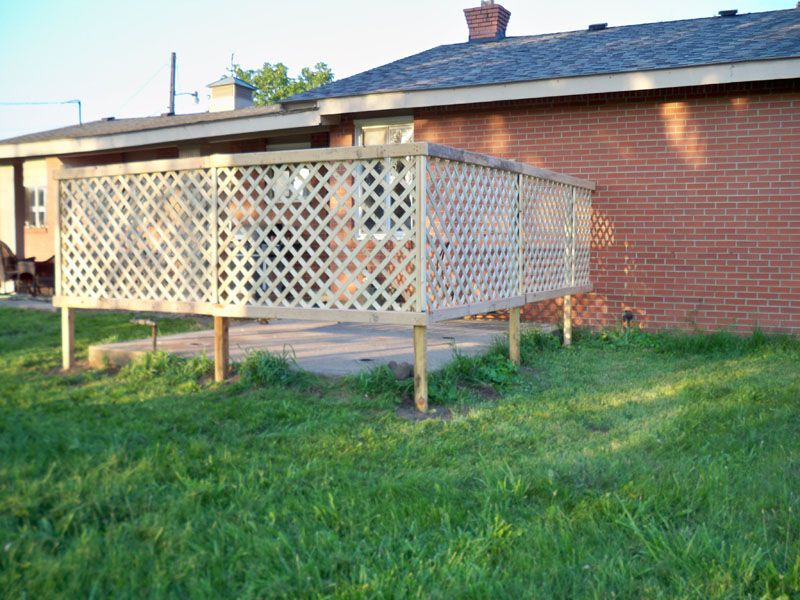 DIY Lattice Fence For The Patio Area