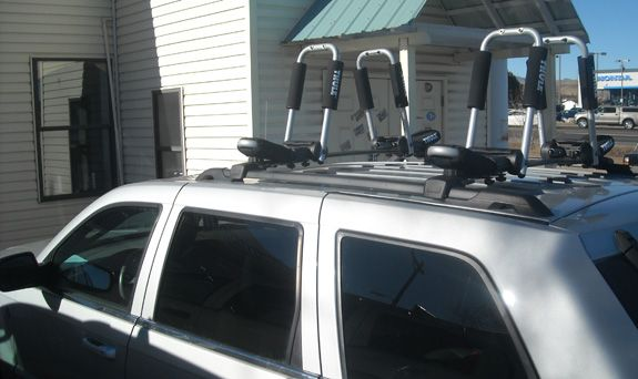 Jeep Grand Cherokee Roof Rack Guide Photo Gallery Roof Architecture Roof Design Roof Repair Cost