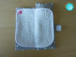 étui brosse à dents de voyage avec mini serviette