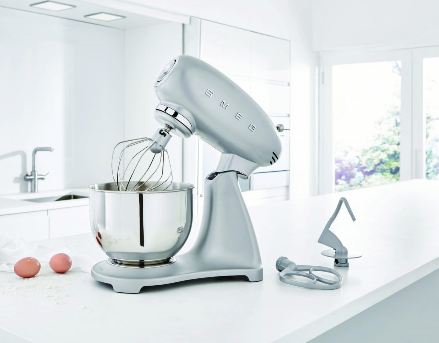 Giveaway smeg stand mixer worth 34900 smeg stand