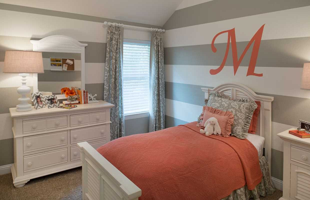 Bedroom interior wall decoration decorate the walls of your little girls bedroom with fun