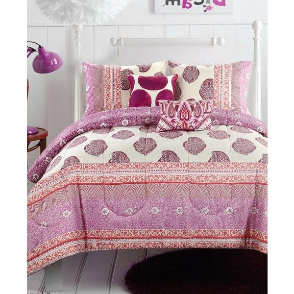 Skylar Pom Pom 5-Pc. Full/Queen Comforter Set (185 CAD) ❤ liked on Polyvore featuring home, bed & bath, bedding, comforters, pink, pink bedding, full/queen comforter, pink damask comforter, damask comforter and pink comforter set