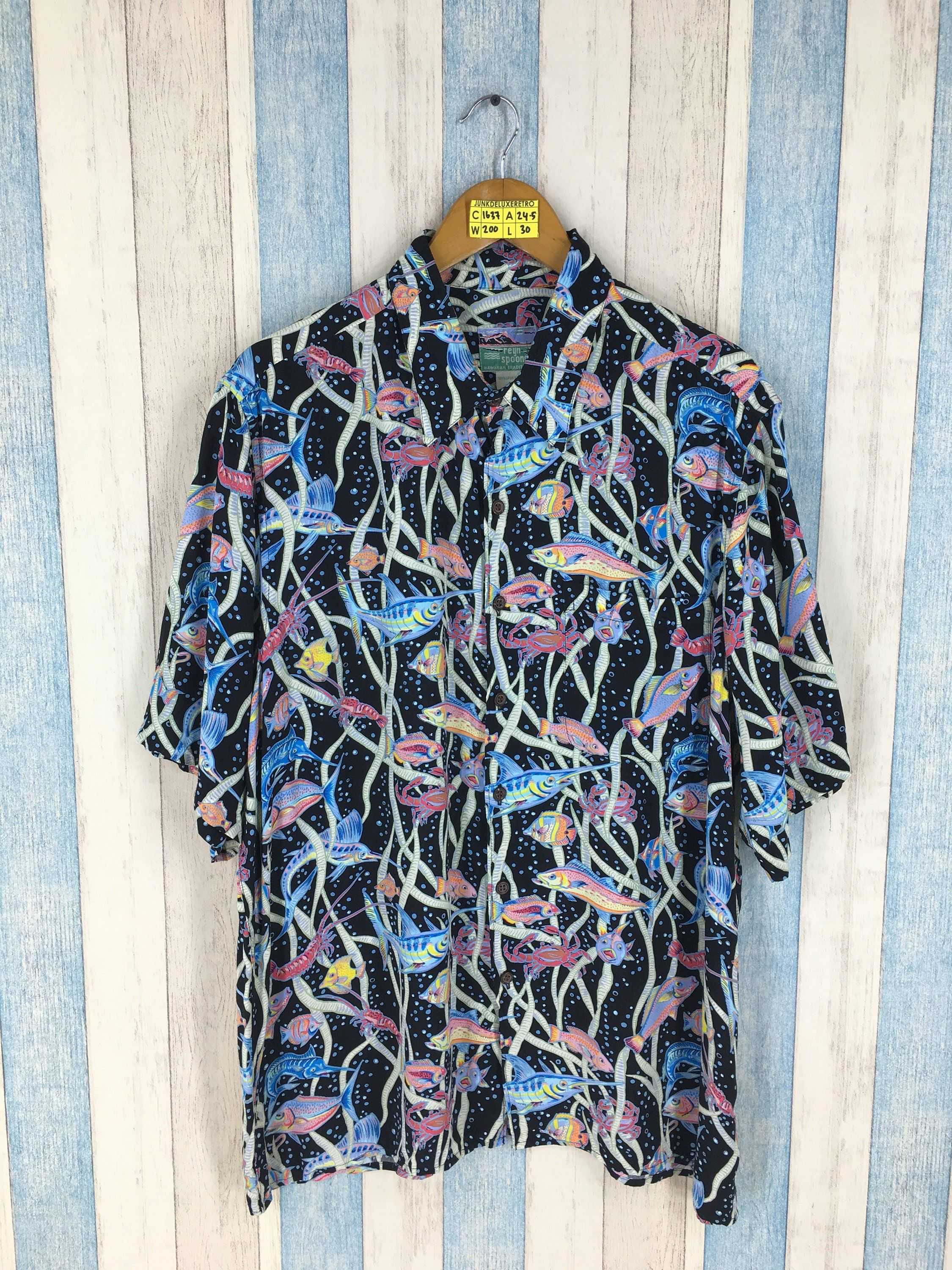 6c6eb9e13 HAWAIIAN Reyn Spooner Shirt Large 1980's Vintage Multicolor Animal Sea Fish  Pop Art Rockabilly Surf Aloha Beach Button Down Rayon Size L by  JunkDeluxeRetro ...