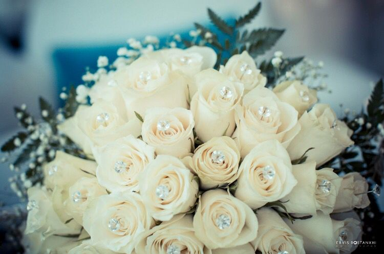 All white crystal flower bouquet | Wedding pictures - Albania ...