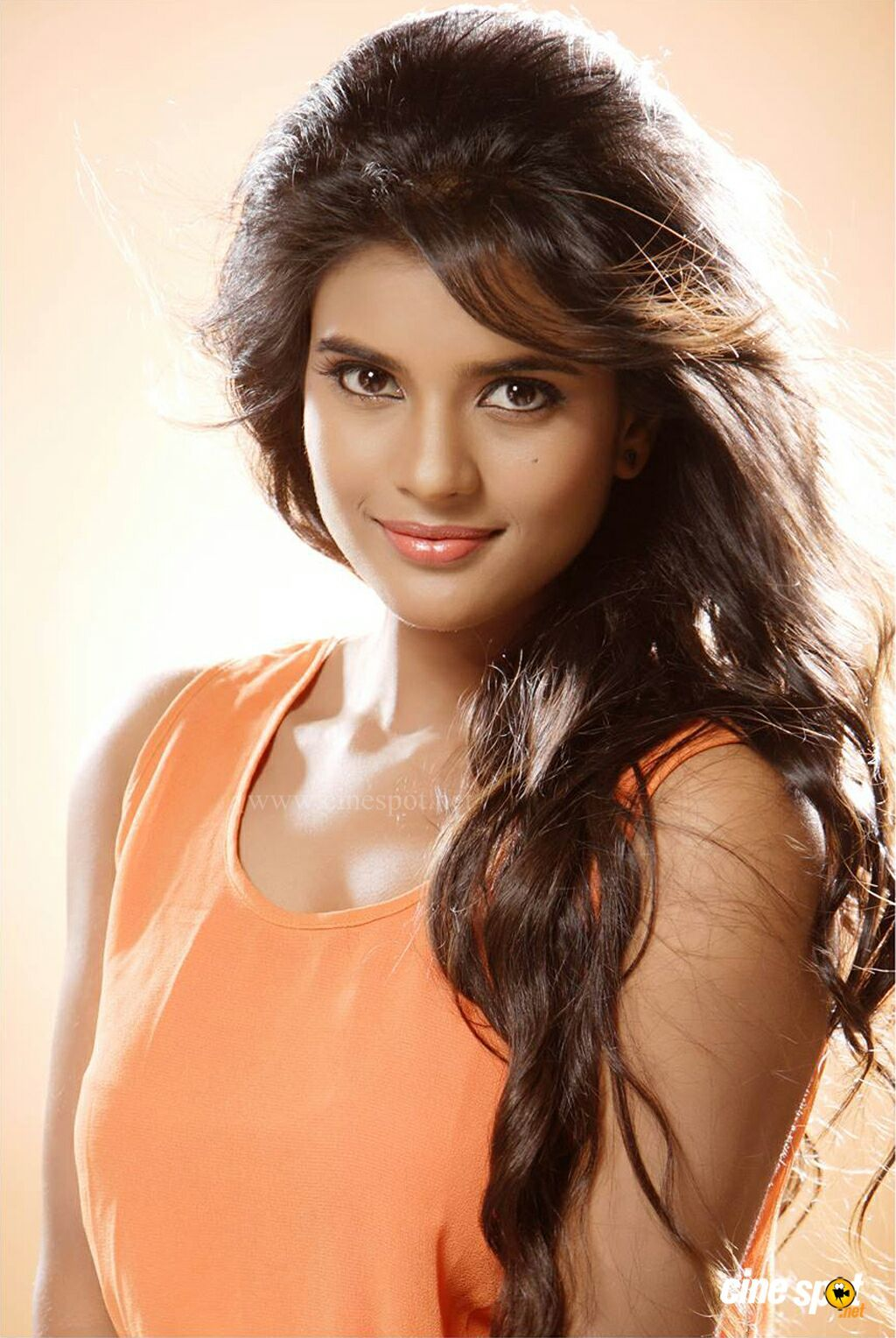 download video hair style aishwarya rajesh hd photos 1080p 11546 t 6353 | 31526988a002a205159752265e2147ce