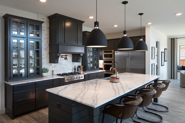 Estates At Shaddock Park Transitional Kitchen Dallas By Normandy Homes In 2021 Popular Kitchen Designs Kitchen Design Black Kitchen Cabinets