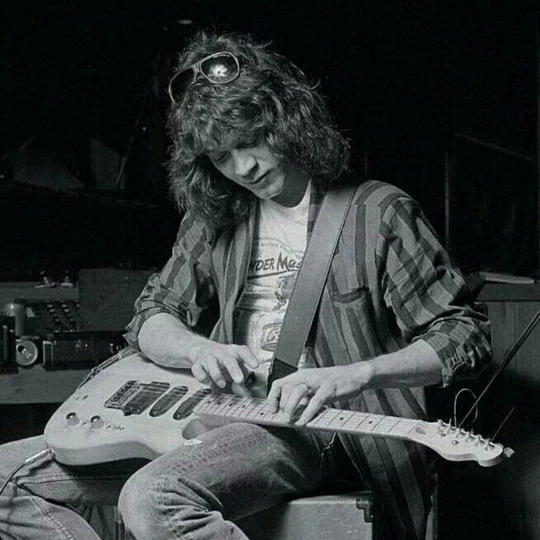 Eddie Van Halen Van Halen Eddie Van Halen Best Guitarist