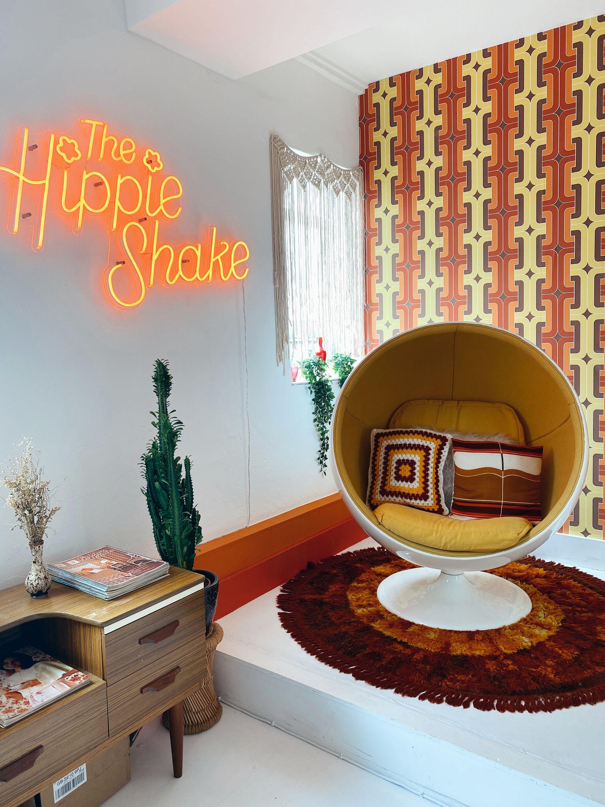 60s Neon Sign Vintage in 2020 Bedroom decor design, Room