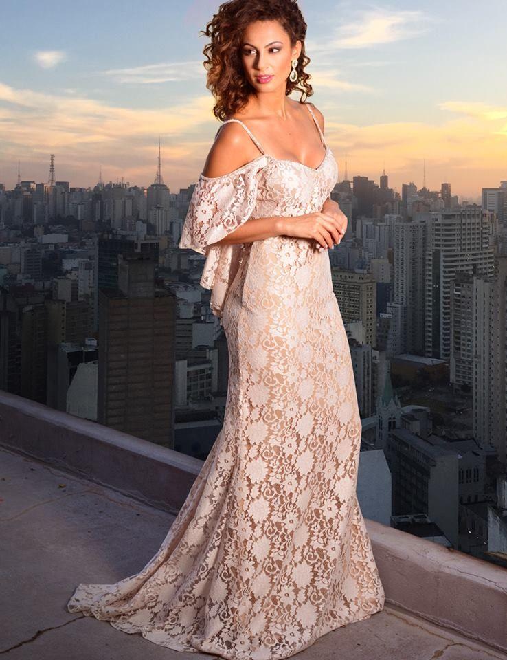 b97fab4b8c Seleção de vestidos para pré wedding e mini wedding