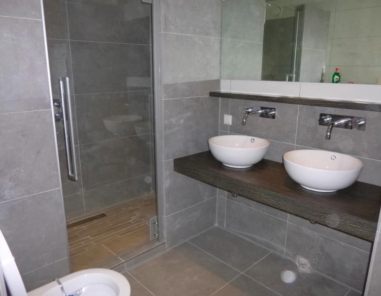 badkamer op maat gemaakt in Purmerend. Neem contact op met Hans ...
