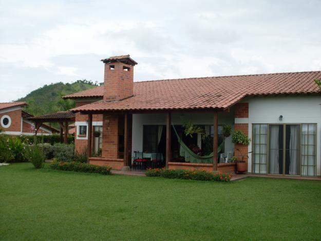 Casas campestres en colombia fachadas de casas for Casas de una planta rusticas
