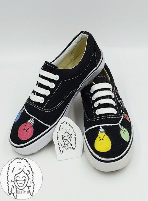 Love these cute black vans shoes