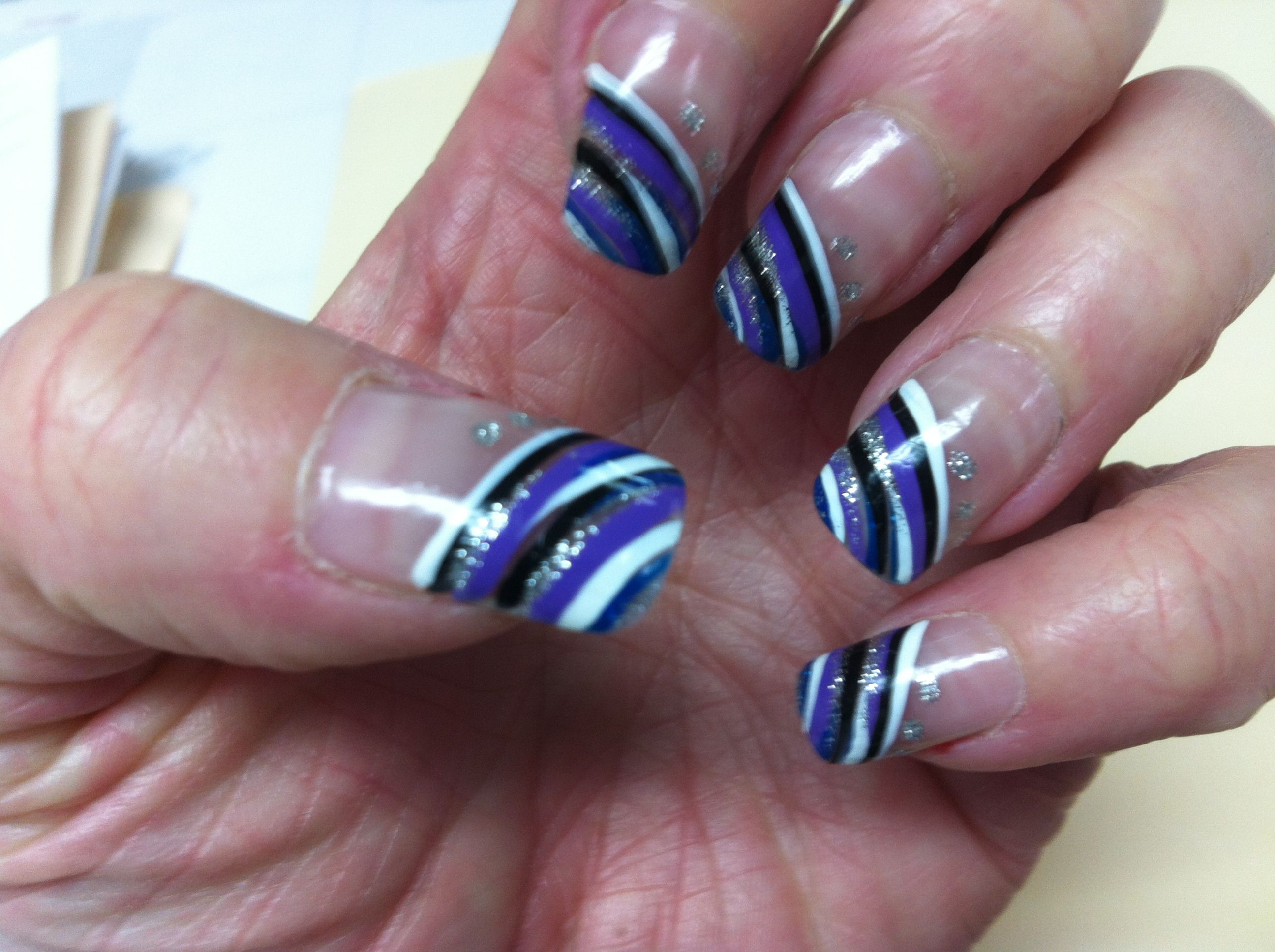 Finger nail art!! Purple and black!! | Finger Nail Art | Pinterest ...