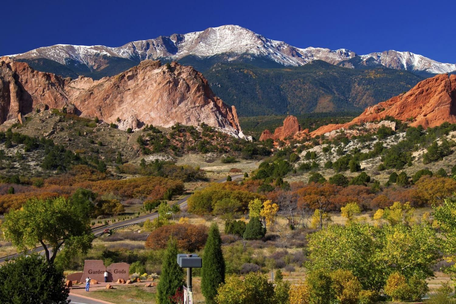 Garden of the Gods Park in Autumn 2011 with Pikes Peak, located near ...