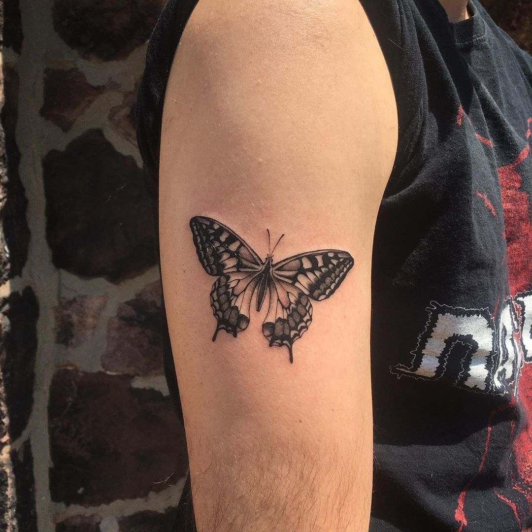 """Photo of arielle coupe on Instagram: """"Jesse's first tattoo, thanks! @truehandsociety"""""""