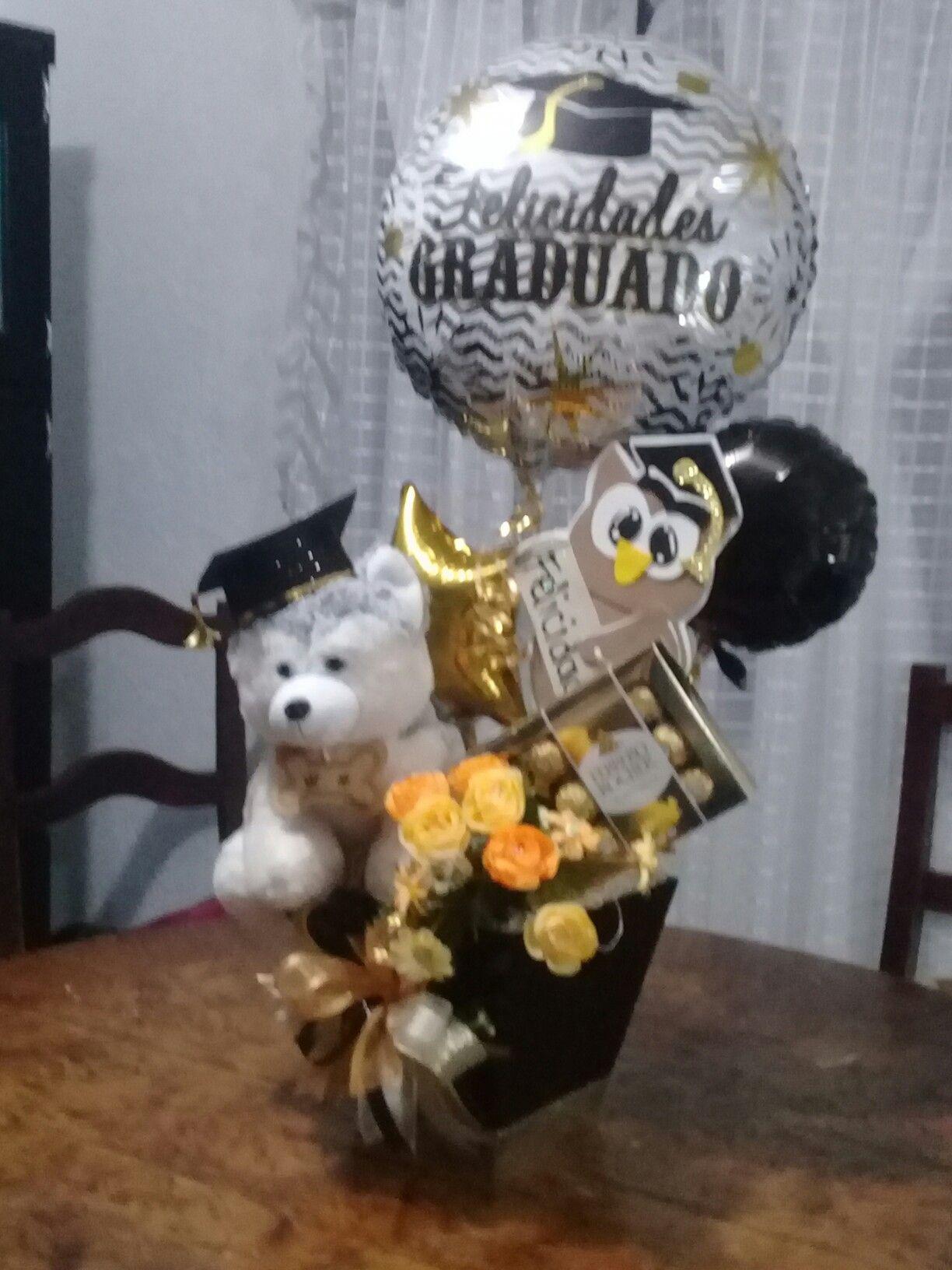 Pin De Glenda Quimis En Graduation Arreglos De Peluches Arreglos Con Globos Decoración Con Globos Cumpleaños
