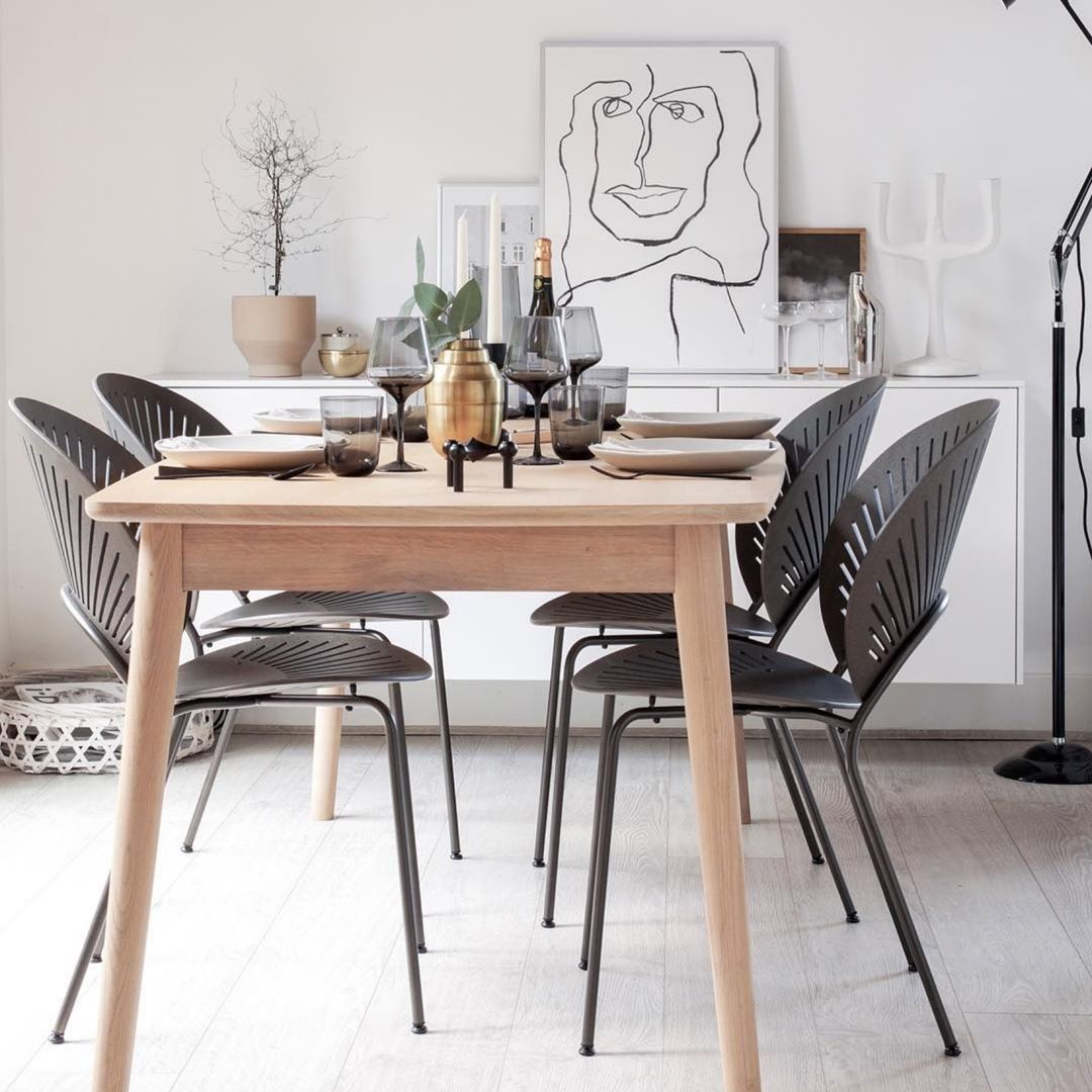 Shop Fredericia Furniture Olson And Baker Uk Fredericia Is A Family Owned Design Furnitur In 2020 Scandinavian Dining Room Dining Room Design Fredericia Furniture