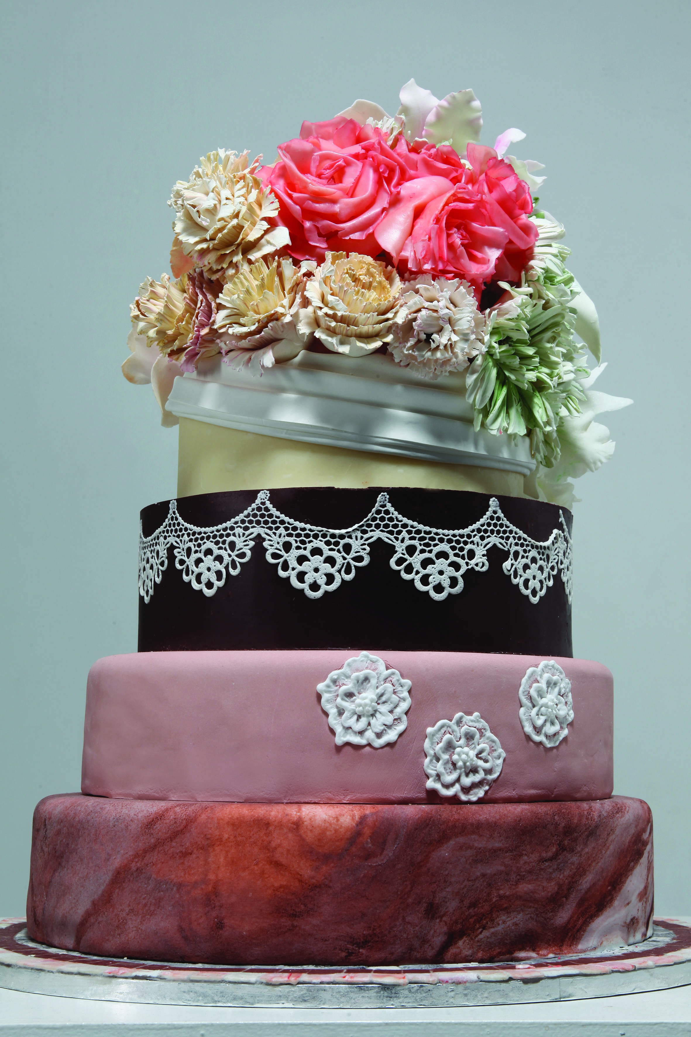 You'll need a beautiful wedding cake for the most important day of your life!