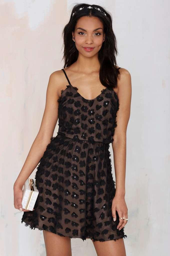 Dress the Population Holly Appliqué Dress