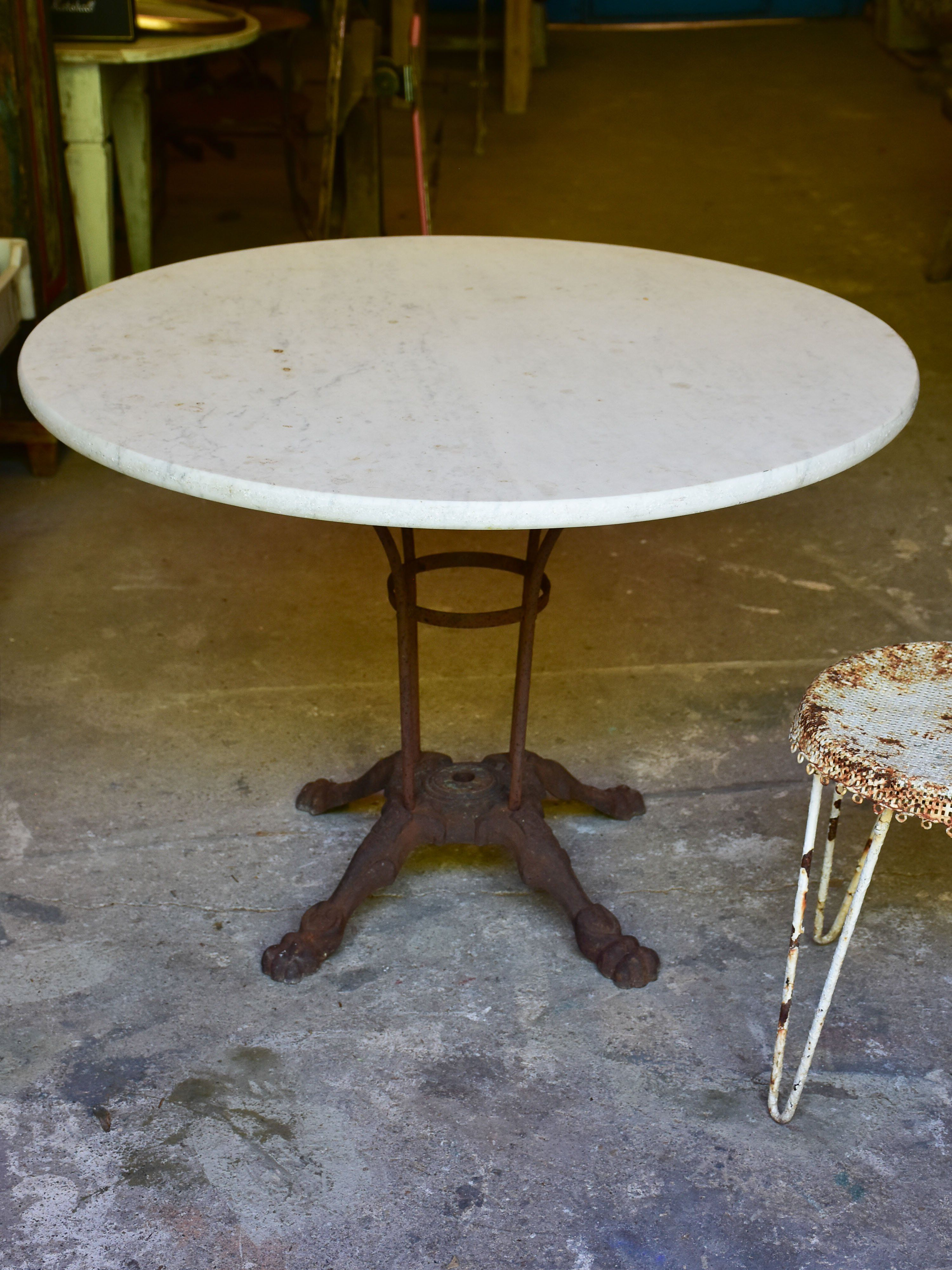 Round Marble Top Table With Cast Iron Base Marble Tables Design