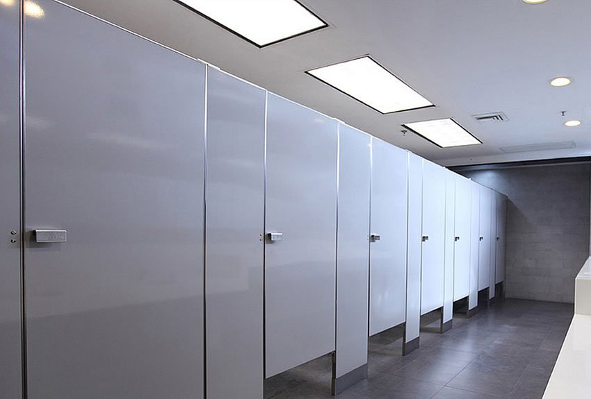 Fabricacion e instalacion de baños para empresas. | Diseño de baños, Muebles de baño, Muebles de oficina