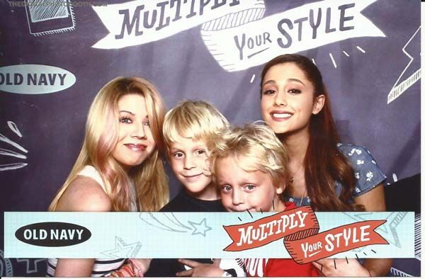 The boys got to meet the girls from Sam & Cat at the Old Navy fashion show! #myONstyle | Oh Rheally?