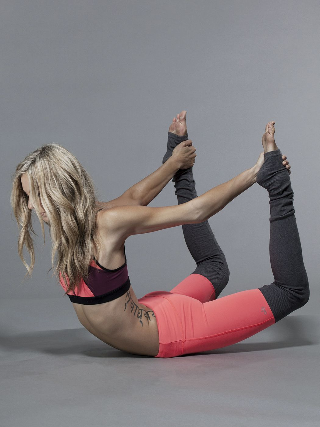 06fd1de05d0c0 Alo Yoga Goddess Ribbed Legging in Volcano/Stormy Heather #Carbon38  FitnessApparelExpress.com