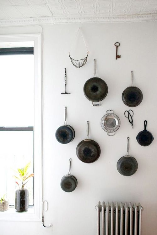 Look A Wall Of Pots Tools In The Kitchen Kitchen Inspirations Pot Rack Kitchen Kitchen Pictures