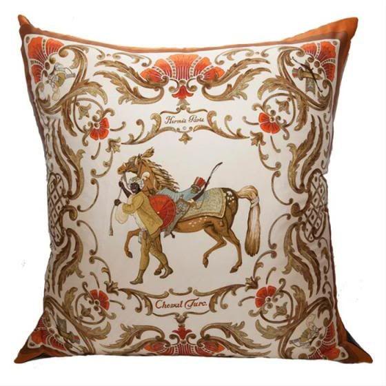Cuscini Hermes.Hermes Scarf Pillow Decorazioni