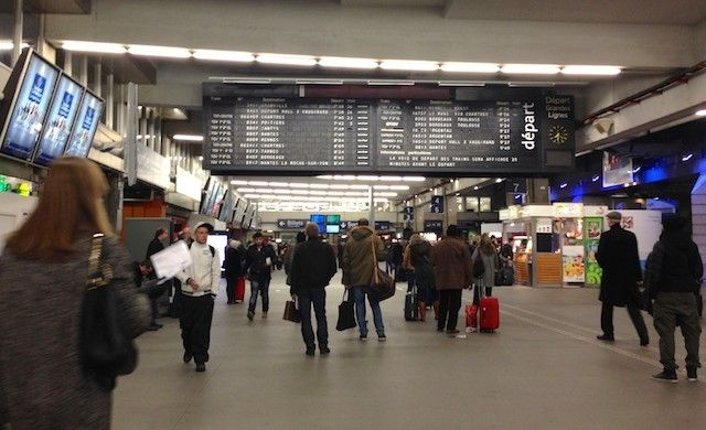 Gare Montparnasse - Paris - France http://www.maladerodinhaenecessaire.com/de-trem-pela-europa-foto-resumo/