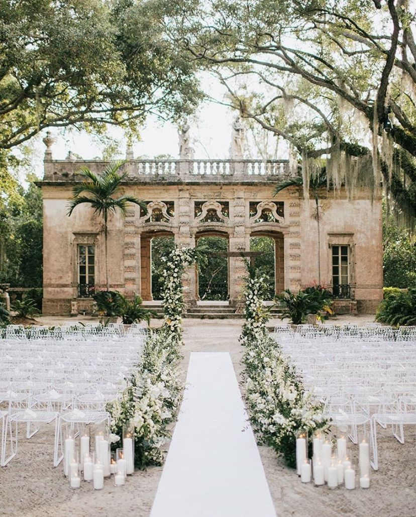 This Museum Wedding Will Make You Feel Like You Re In A Fairytale Miami Wedding In 2020 Vizcaya Wedding Miami Wedding Destination Wedding