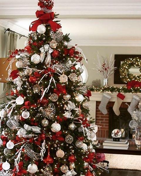 christmastrees redandwhite deko. Black Bedroom Furniture Sets. Home Design Ideas