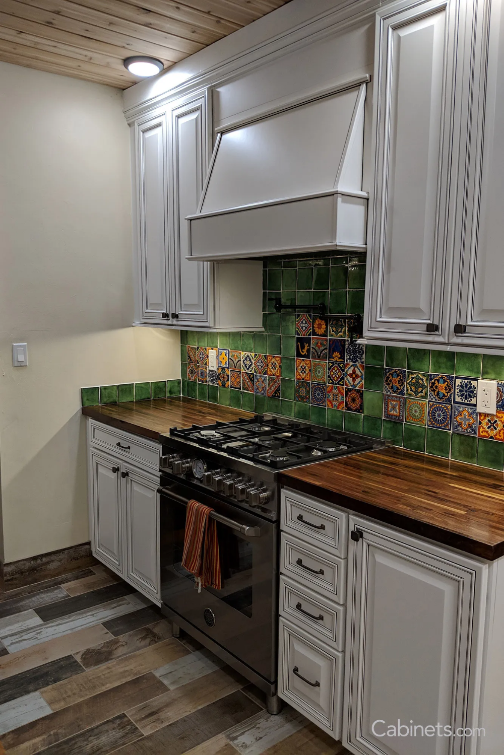Transitional White Kitchen With A Mexican Tile Backsplash Cabinets Com Mexican Style Kitchens Mexican Tile Backsplash Mexican Tile Kitchen Backsplash