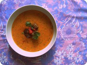 sian lile makes: Sweet potato and roasted pepper soup