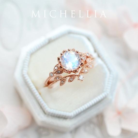 Evanthe Moonstone Engagement Ring, Vintage Floral Moonstone Ring, Laurel Leaf Rose Gold Moonstone Ring, Moonstone Leaf Engagement Ring #aquamarineengagementring