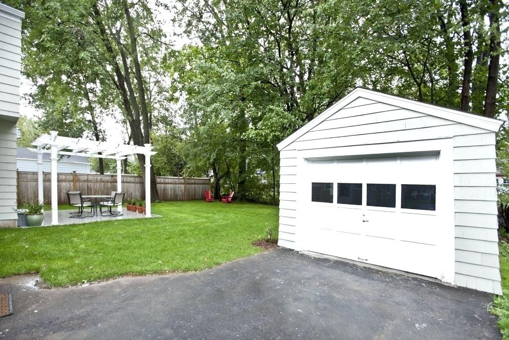 Detached Garage Ideas Incredible Backyard Landscaping Backyard Garage Garage Design Backyard