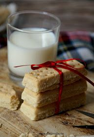 Photo of mellimille: Shortbread Fingers and 'Glückssterne' by Claudia Winter