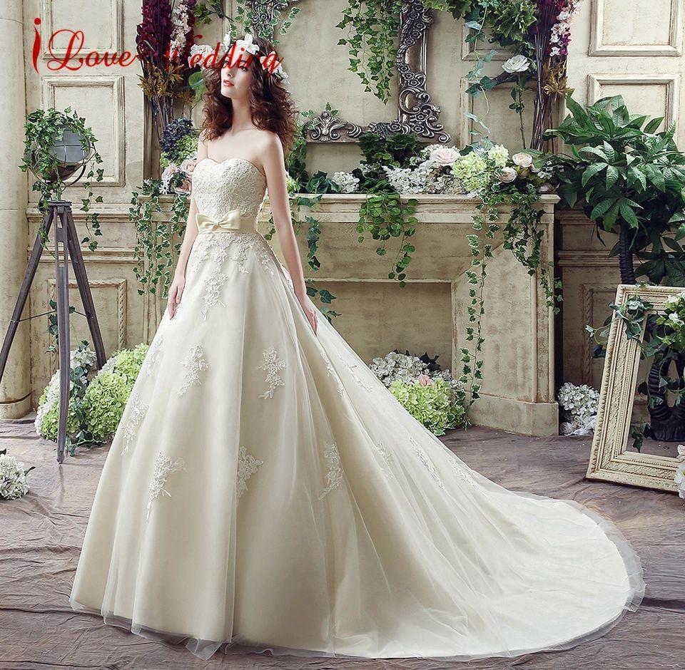 Vintage lace champagne wedding dress  Olha o que eu encontrei no AliExpress  Aluguel   Pinterest