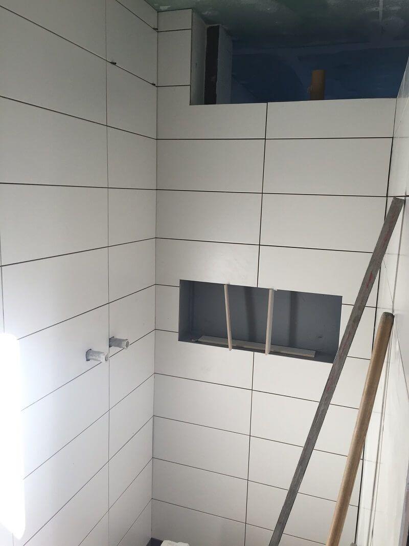 Duschablage Unser Ablagefach In Der Gemauerten Dusche Duschablage Gemauerte Dusche Ablagefach