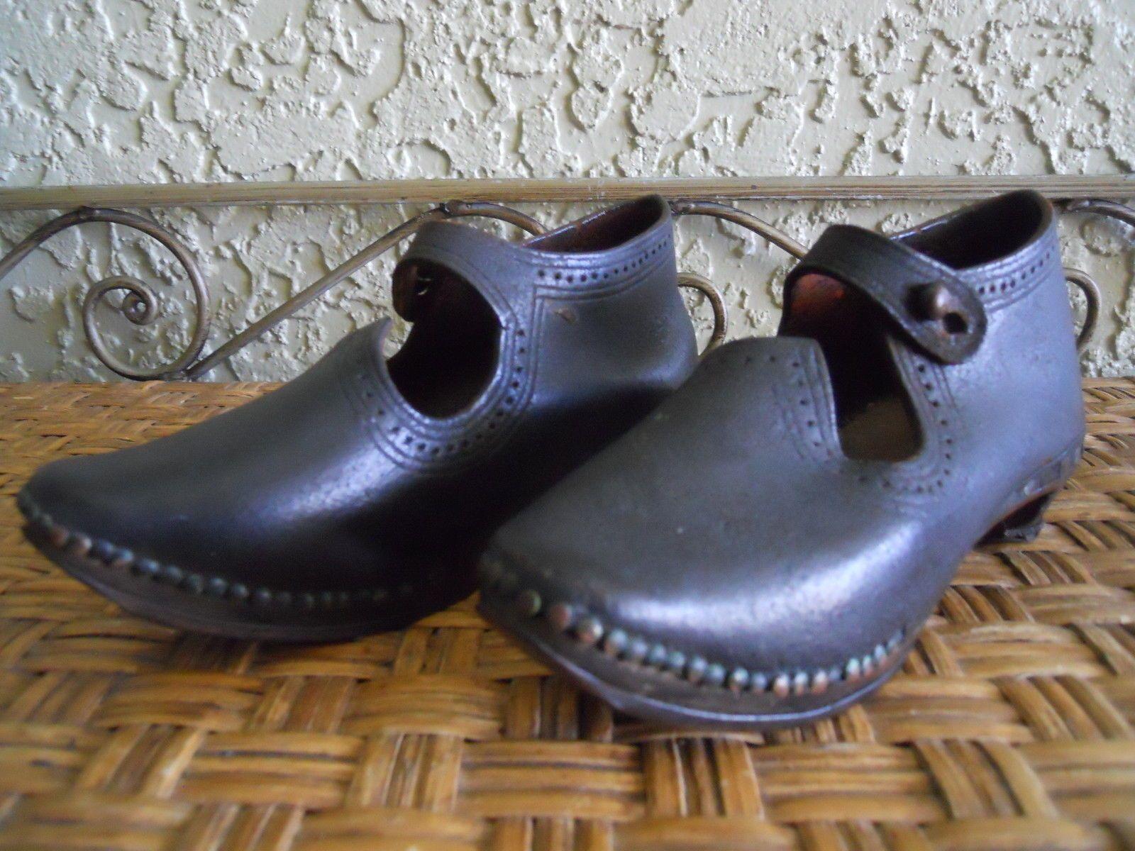 c8e5001ad3e284 Antique Mid Late 19th Century Child s Clogs Shoes Victorian Era 1800 s EXC  Cond