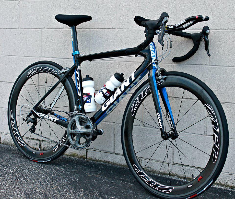 Giant TCR Advanced with sweet new Zipp wheels www