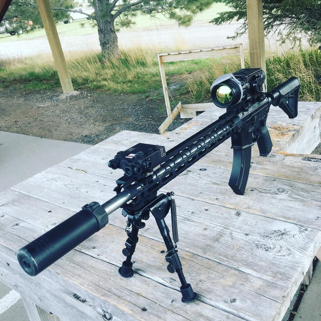 Getting ready to take on Georgia pigs at night with this 22