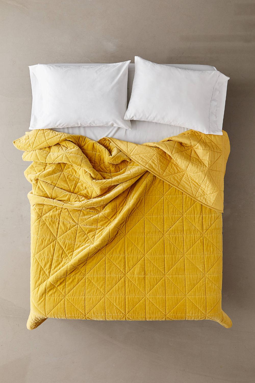 Chloe Velvet Quilt in 2020 Velvet quilt, Yellow bedding