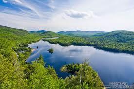 Lake Tremblant, Quebec  www.jonli.com