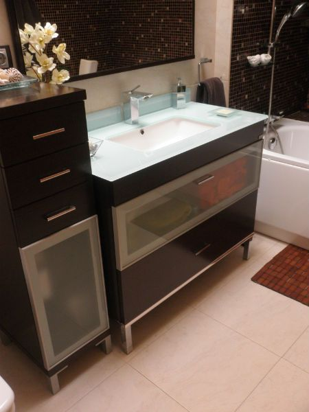 Mueble de Baño Color marron wengue moderno