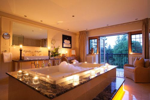 Top Ten Most Romantic Hotels In Uk As Chosen By Team Dr Dream Bathrooms Dream House Indoor Hot Tub