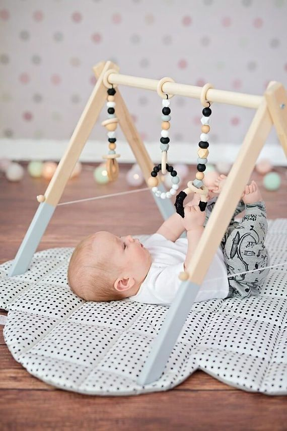 Monochrome Wooden Baby Play Gym Toys Hanging Baby Gym Toys | Kid\'s ...